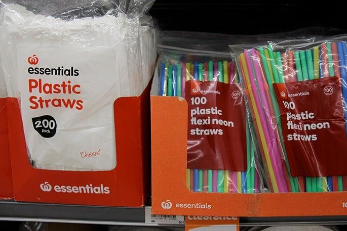Plastic straws, supermarket