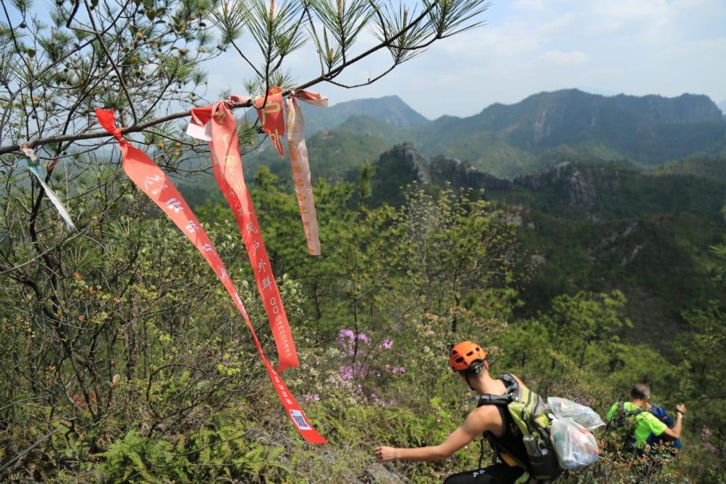 Trashtag Challenge, Hiking Version
