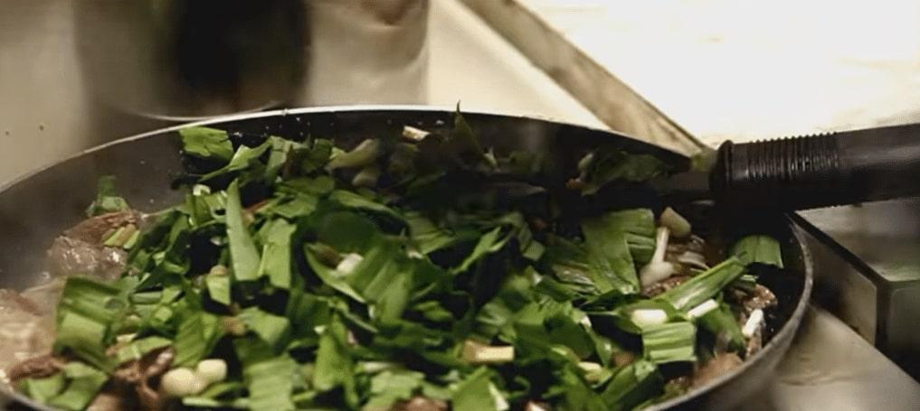 Ramp-Leaves-Cooking